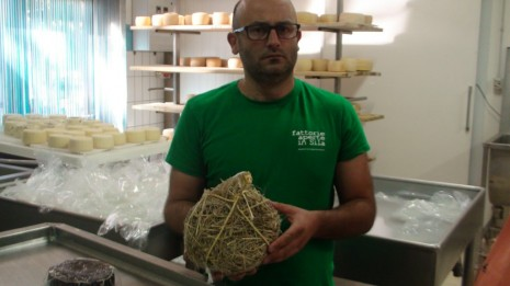 イタリアのチーズマスター マリオ・グリッロ氏